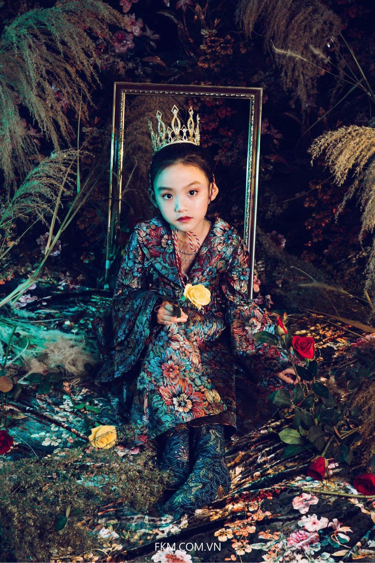 Quỳnh Vy: Nàng công chúa nhỏ đốn tim trong làng thời trang - Ảnh 3.