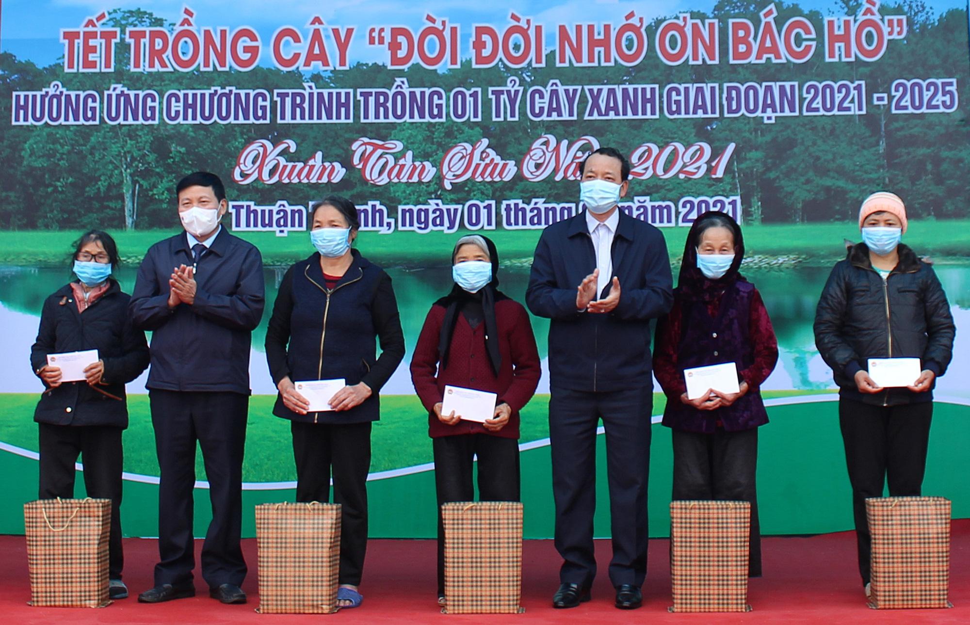 Hội Nông dân tỉnh Bắc Ninh trồng 50.000 cây xanh - Ảnh 2.