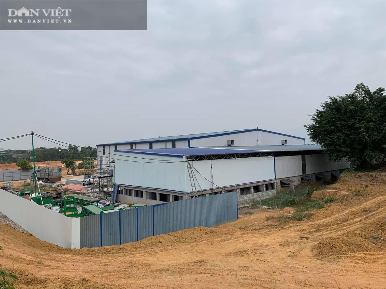 """Xây nhà máy """"khủng"""" trên đất rừng ở Phú Thọ: Buộc trả lại hiện trạng, xử phạt hơn 57 triệu đồng - Ảnh 3."""