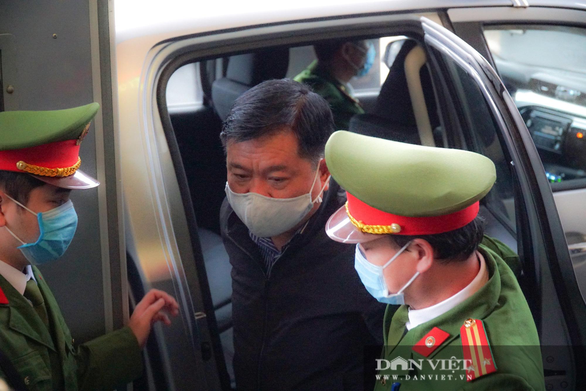 Ông Đinh La Thăng sẽ hầu tòa vào ngày Quốc tế phụ nữ 8/3 - Ảnh 1.