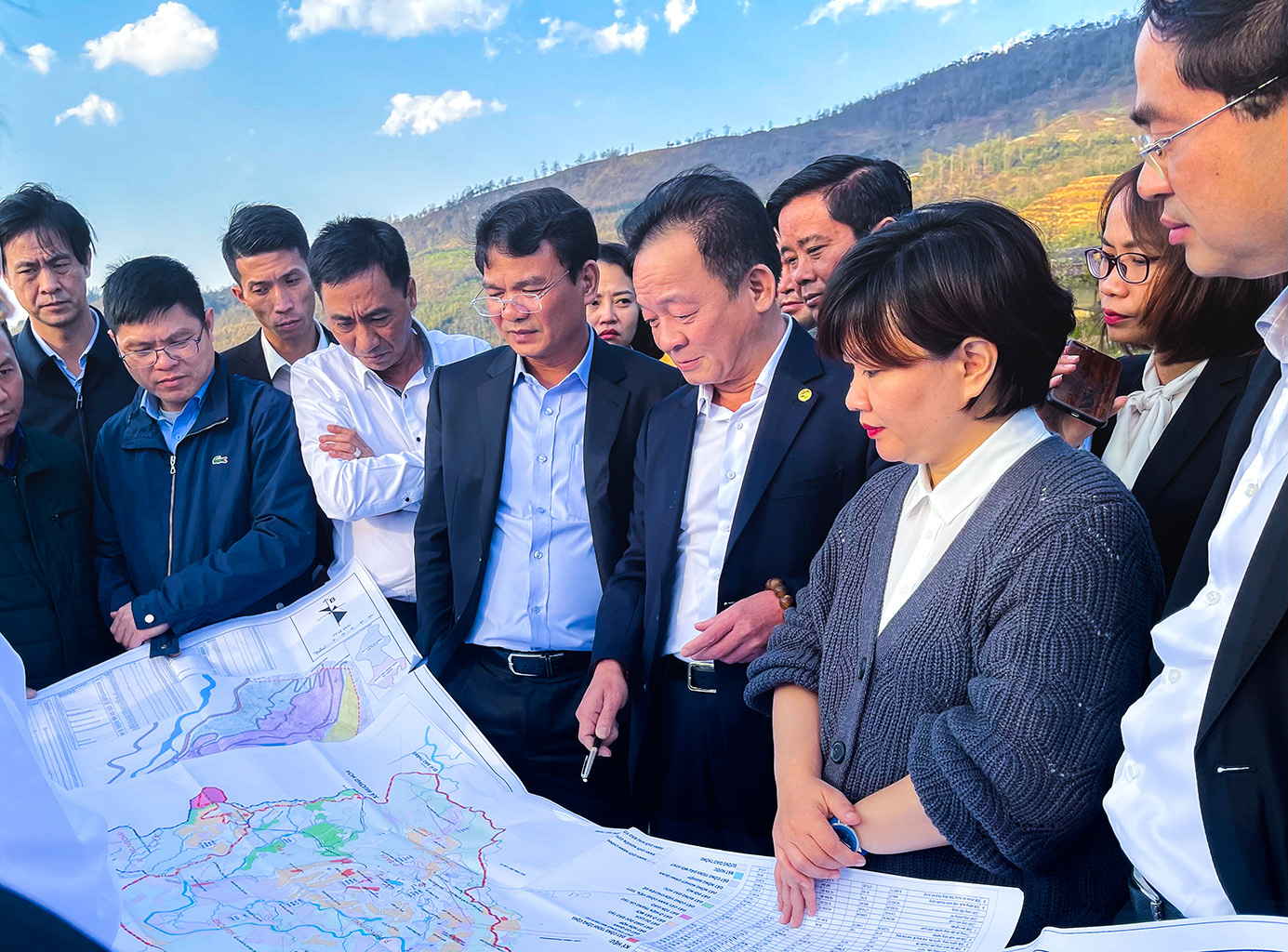 Tập đoàn T&T Group hợp tác chiến lược với 2 tỉnh Lào Cai và Cà Mau - Ảnh 3.