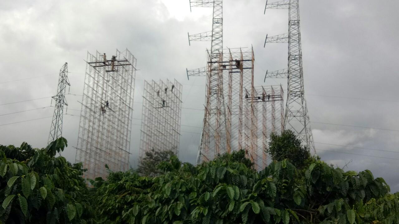 Đảm bảo cấp điện trong thời gian thi công đường dây 500kV mạch 3 Dốc Sỏi – Pleiku 2 - Ảnh 2.