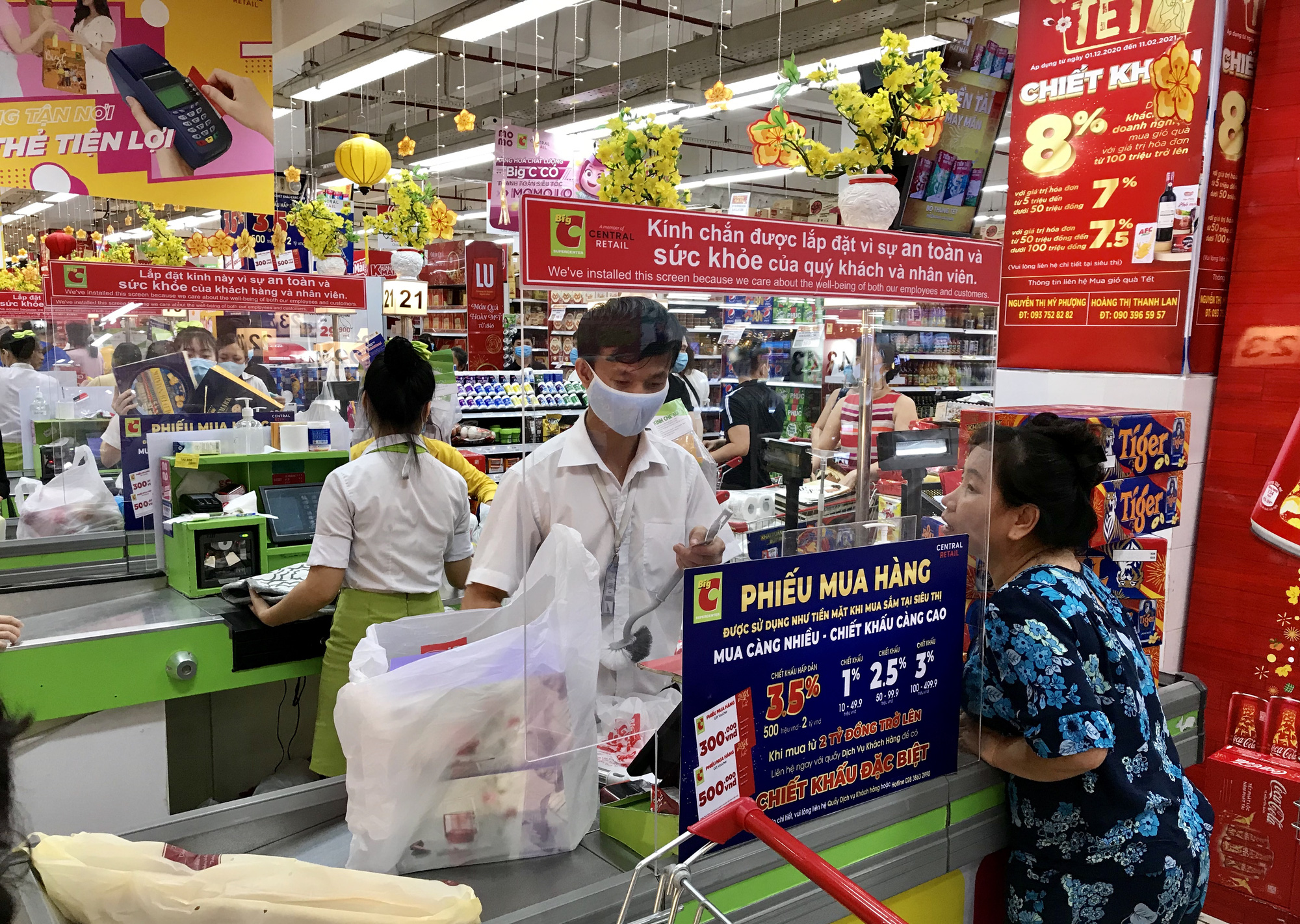 Cuộc chiến bán lẻ: Đại gia tung chiêu mới, giành giật miếng bánh trăm tỷ USD - Ảnh 3.