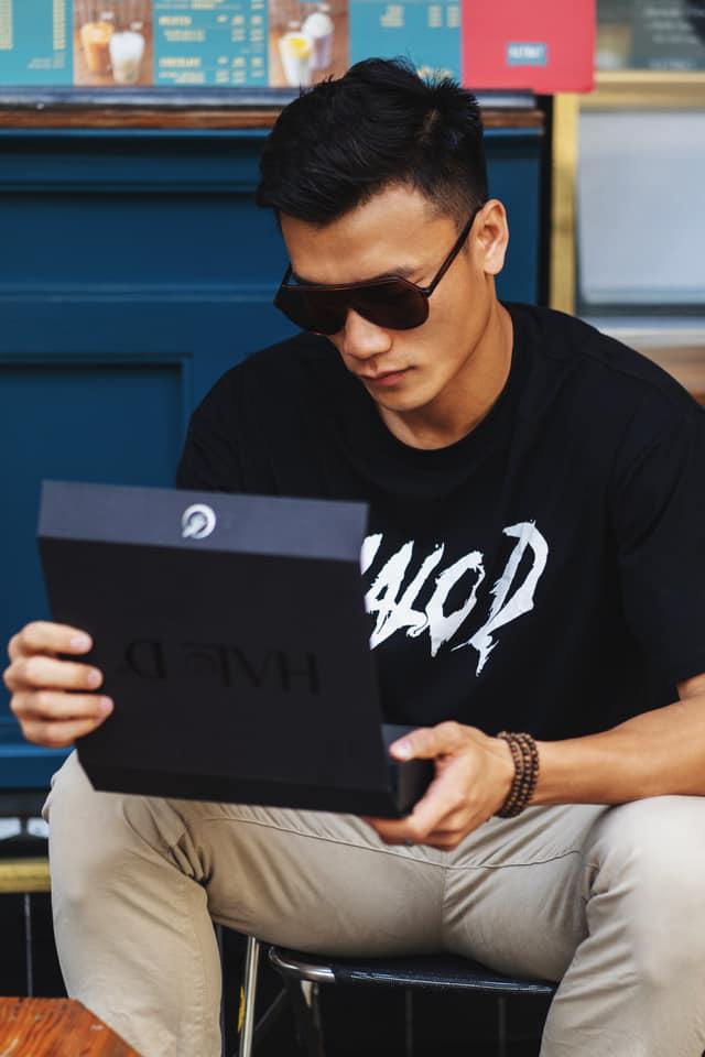 CEO Đắc Văn lên tiếng bảo vệ thủ môn Bùi Tiến Dũng? - Ảnh 1.