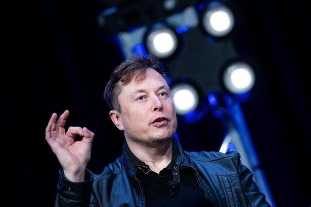 Elon Musk kiếm thêm 17,9 tỷ Bảng chỉ trong một ngày sau khi cổ phiếu Tesla tăng vọt - Ảnh 2.