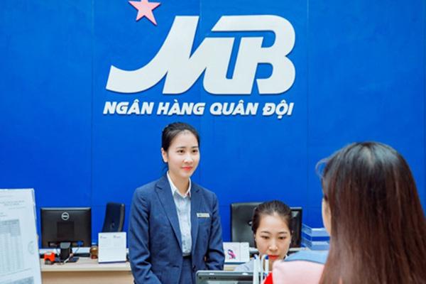"""Vietnam Airlines """"bắt tay"""" ngân hàng MBBank về chuyển đổi số - Ảnh 2."""