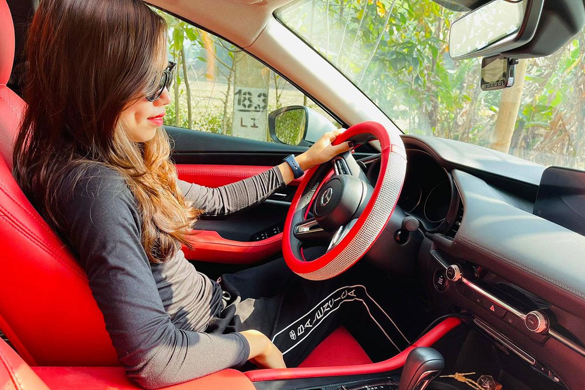 Người dùng đánh giá Mazda3 2020: Trông nữ tính, lái nhẹ nhàng nhưng phải rón rén hơn vì điều này - Ảnh 3.