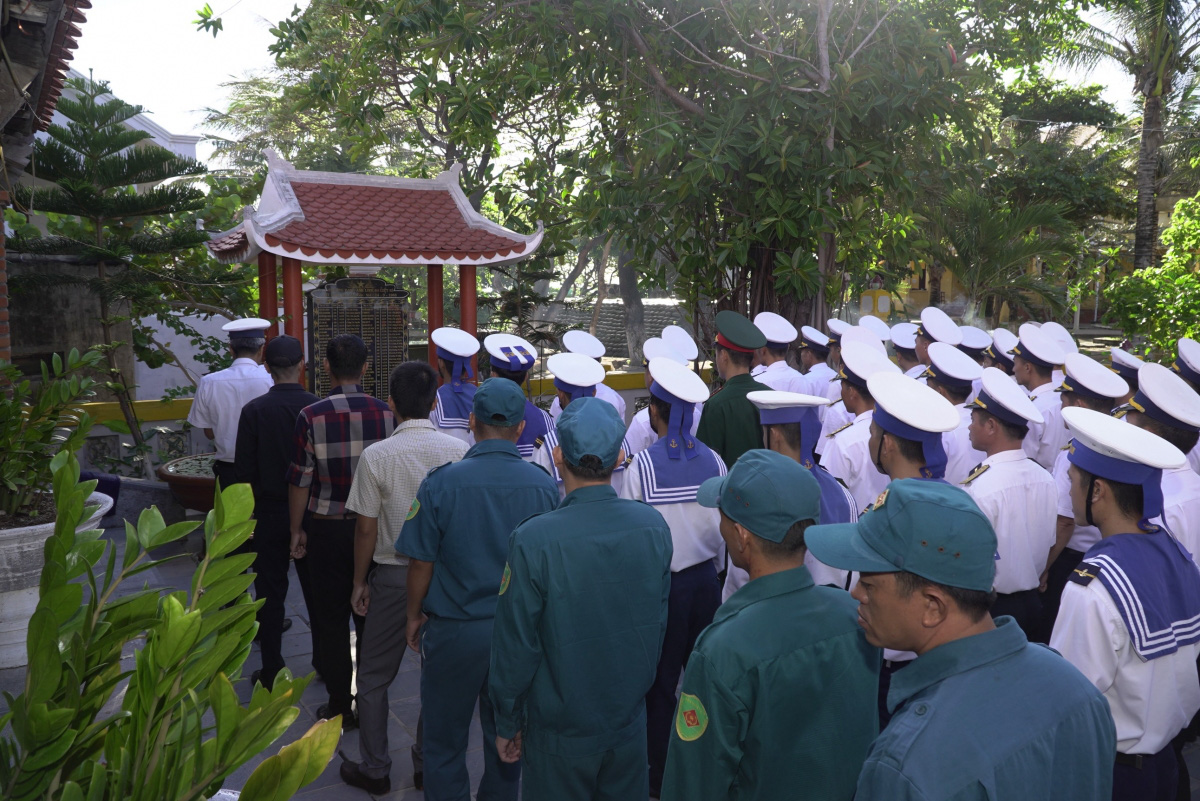 33 năm sự kiện Gạc Ma: Ký ức bi tráng về tinh thần quyết tử để bảo vệ chủ quyền biển đảo - Ảnh 1.