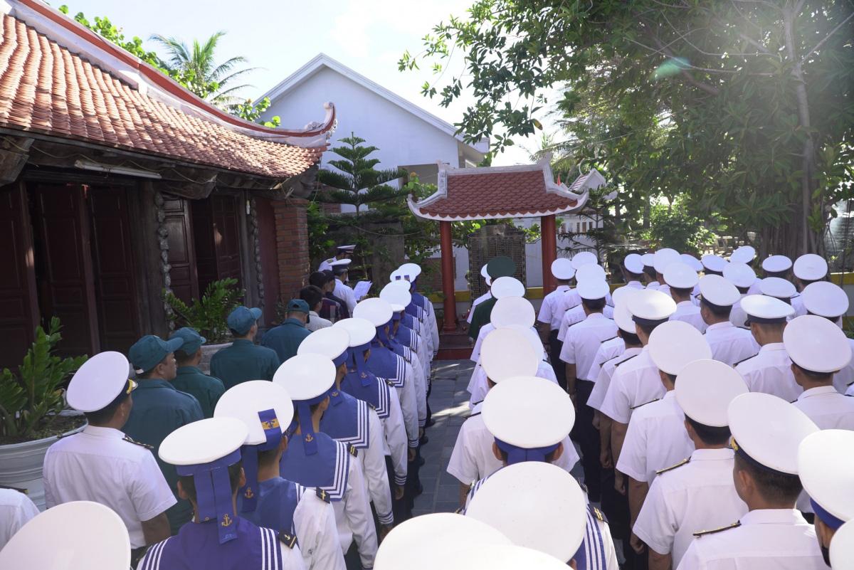 33 năm sự kiện Gạc Ma: Ký ức bi tráng về tinh thần quyết tử để bảo vệ chủ quyền biển đảo - Ảnh 5.