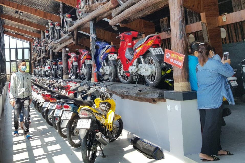 Bộ sưu tập 500 xe mô tô có biển số đẹp mê hồn - Ảnh 14.