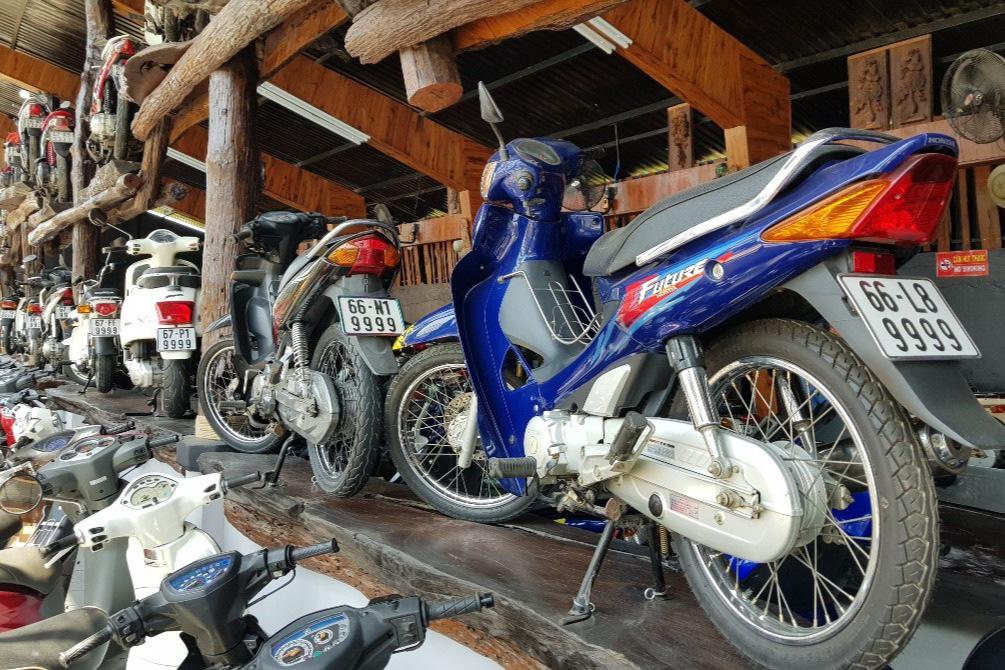 Bộ sưu tập 500 xe mô tô có biển số đẹp mê hồn - Ảnh 9.