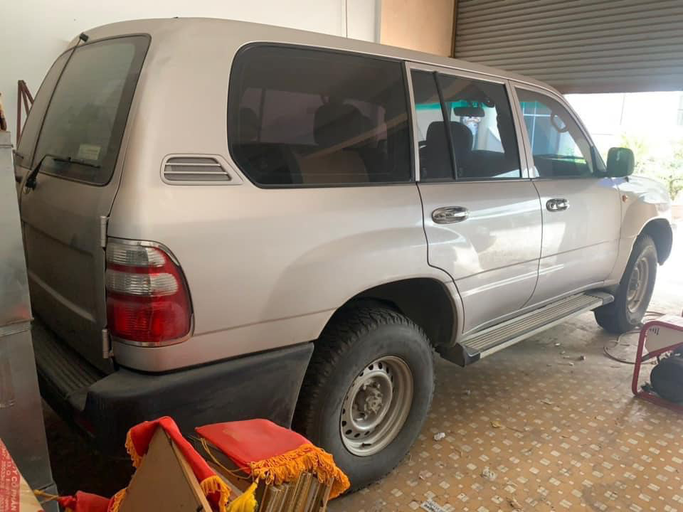 Đại gia Việt gây sốc chi gần tỷ đồng mua Toyota 7 chỗ cũ kĩ - Ảnh 4.