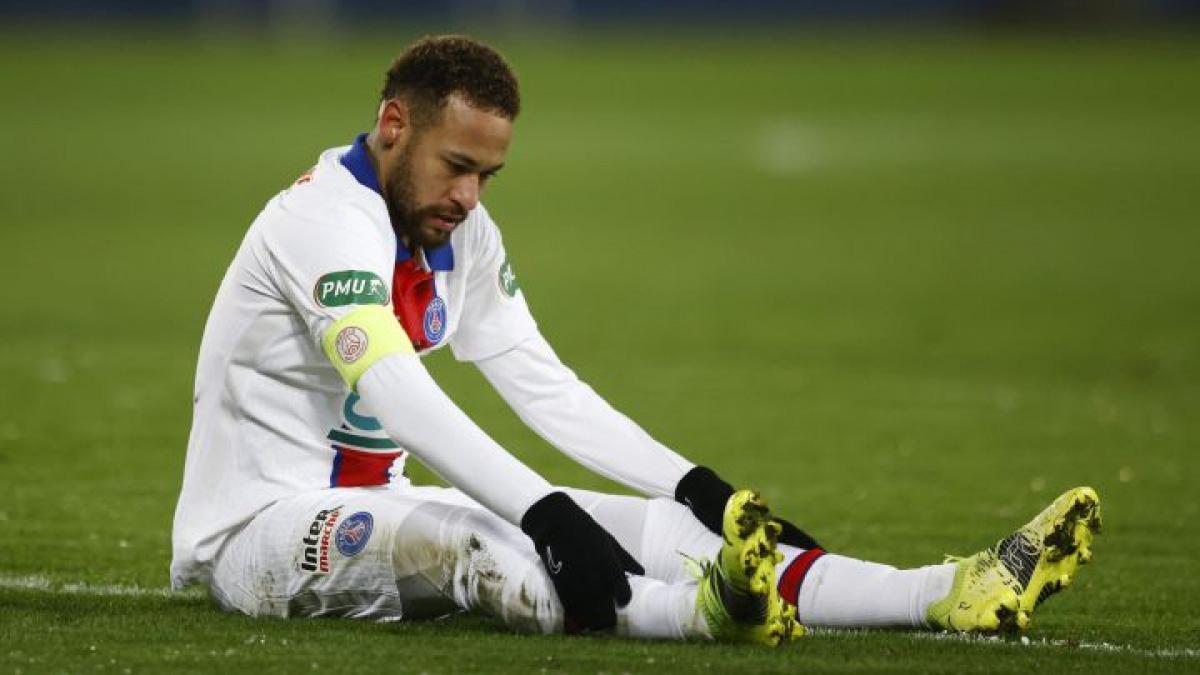 Mải chơi game, Neymar phá sức đến mức... quên bóng đá? - Ảnh 1.