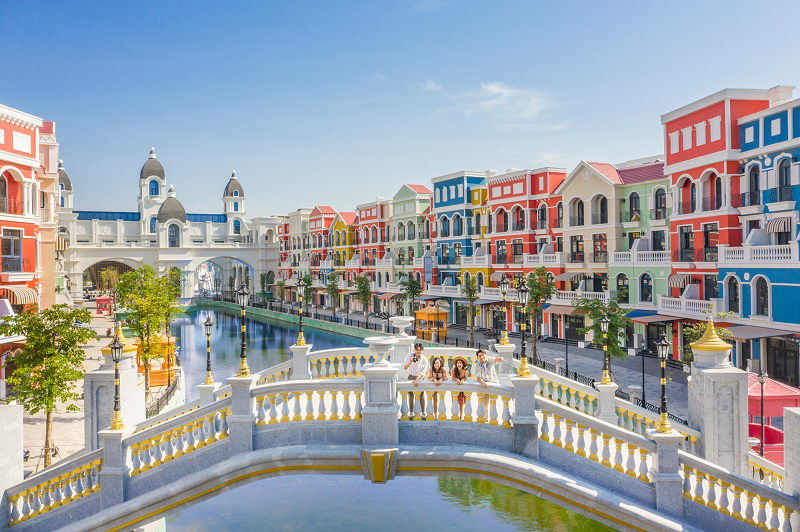 """Grand World tọa lạc tại vị trí trung tâm, được mệnh danh """"Thành phố lễ hội không ngủ""""."""
