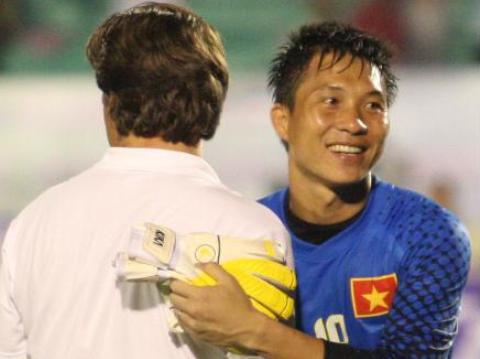 Cựu thủ môn ĐT Việt Nam Nguyễn Mạnh Dũng từng được HLV người Đức Falko Goetz tin dùng thời điểm năm 2011.