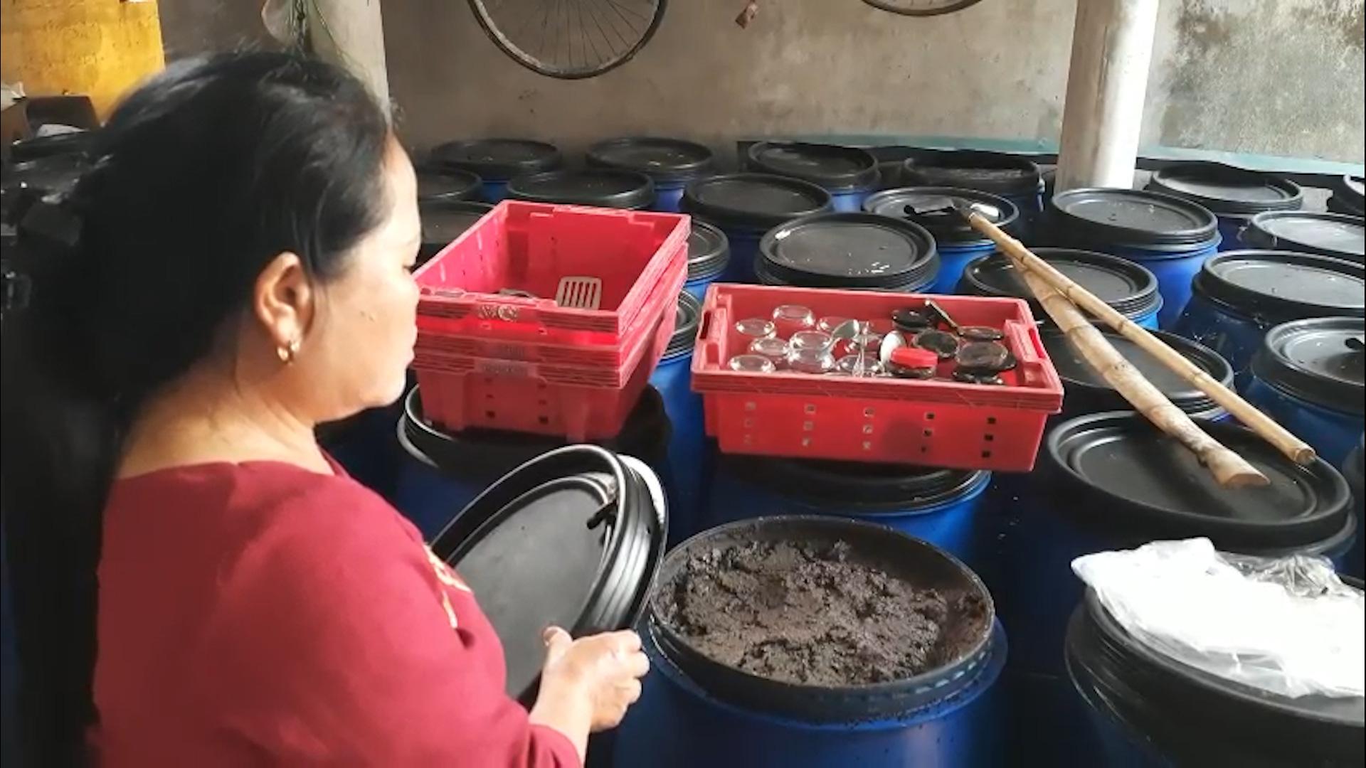 Quảng Trị: Dân kêu than vì phải sống bên hàng trăm tấn hải sản hôi thối suốt 5 năm - Ảnh 5.