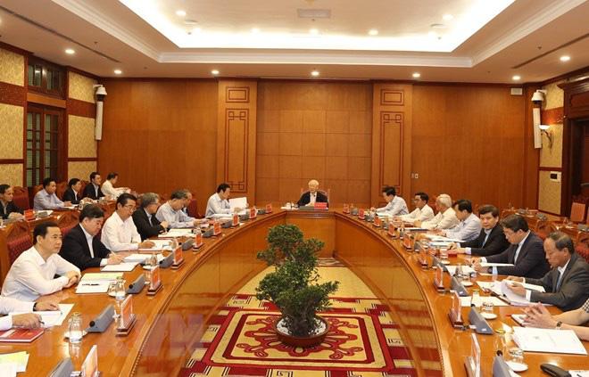 Vụ án ông Tất Thành Cang và vụ 2,7 triệu lít xăng giả được Ban Chỉ đạo T.Ư về PCTN theo dõi, chỉ đạo - Ảnh 1.