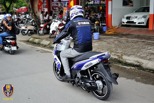 Ô tô, xe máy không gắn biển số ra đường bị phạt bao nhiêu? - Ảnh 1.