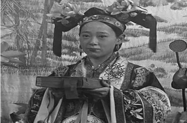 """Dung nhan đệ nhất mỹ nữ 18 tuổi, không chỉ mê hoặc nam nhân mà cả Từ Hi Thái Hậu cũng sủng như """"trân bảo"""" - Ảnh 3."""