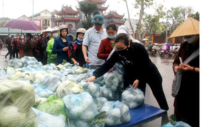 Giáo Hội Phật giáo tỉnh Thái Nguyên tiêu thụ gần 40 tấn nông sản giúp người dân Hải Dương - Ảnh 1.