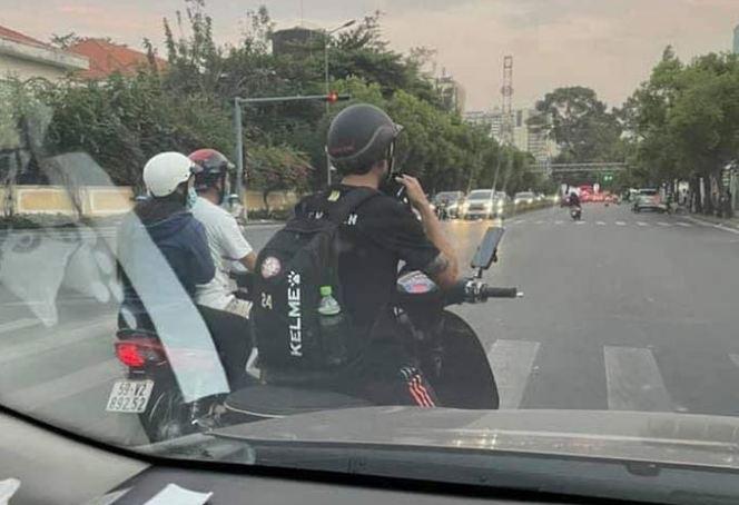 Lee Nguyễn kiếm 12 tỷ đồng/năm: Đi xe máy tới CLB, uống nước suốt 5k - Ảnh 1.