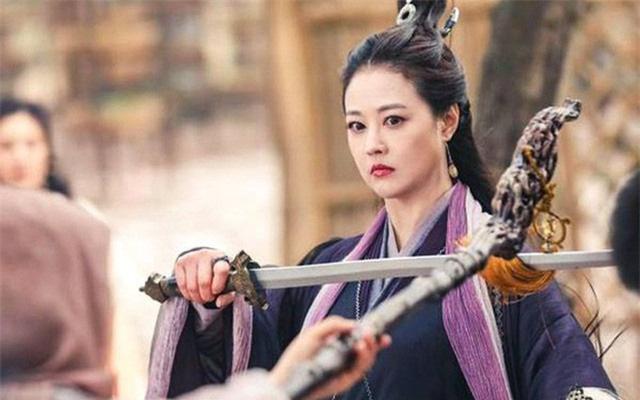 5 mỹ nhân tàn độc, cực đoan, khó chiều nhất trong truyện Kim Dung - Ảnh 6.