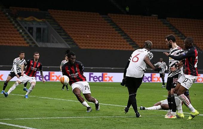 AC Milan gục ngã trước M.U, vì sao HLV Pioli vẫn vui? - Ảnh 1.