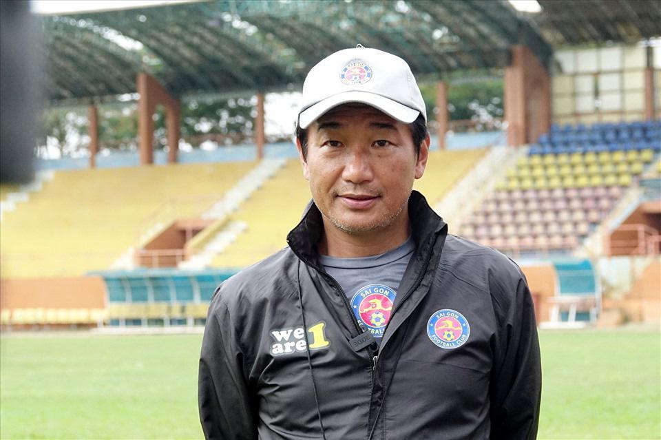 """Bị Lee Nguyễn """"xé lưới"""" phút 90+9, HLV Sài Gòn FC nói gì? - Ảnh 2."""