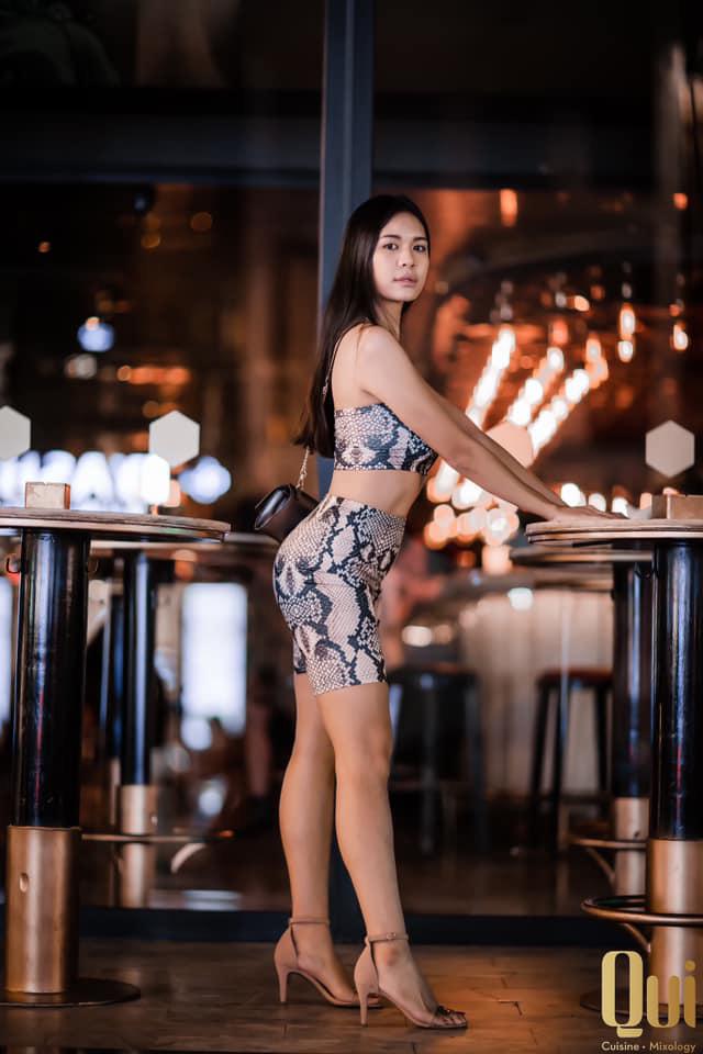 Prueksa Khonthiang - vợ ngoại binh Pedro Paulo: WAGs sexy nhất V.League - Ảnh 21.