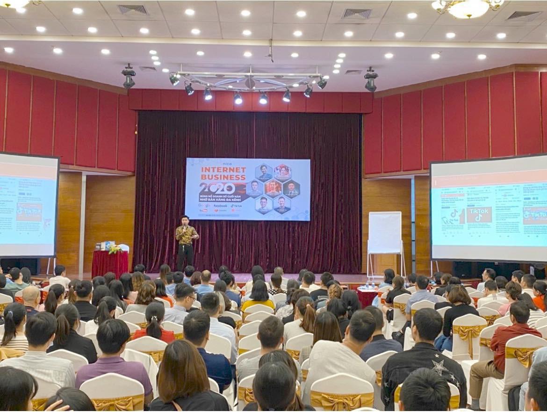 CEO Nguyễn Đình Trưởng – Giảng viên đào tạo vừa có tâm vừa có tầm - Ảnh 2.