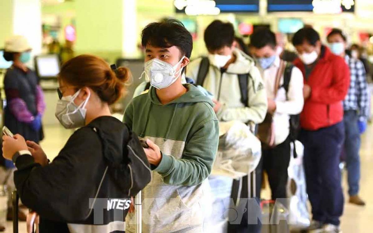 Covid-19 khiến con đường du học của nhiều du học sinh Việt Nam dang dở - Ảnh 1.