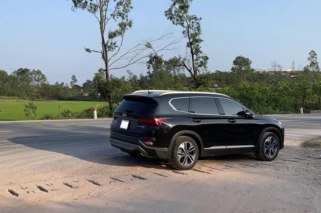 Chạy Hyundai SantaFe xuyên Việt, chủ xe nói điều chân thật - Ảnh 8.