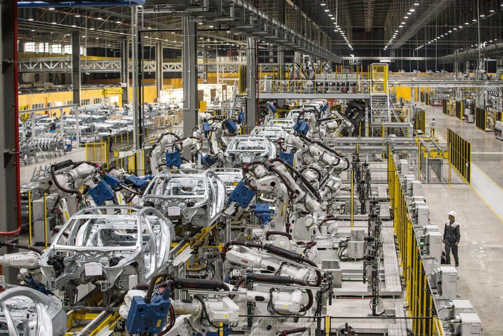VinFast có kế hoạch xây dựng nhà máy ô tô tại Mỹ - Ảnh 1.