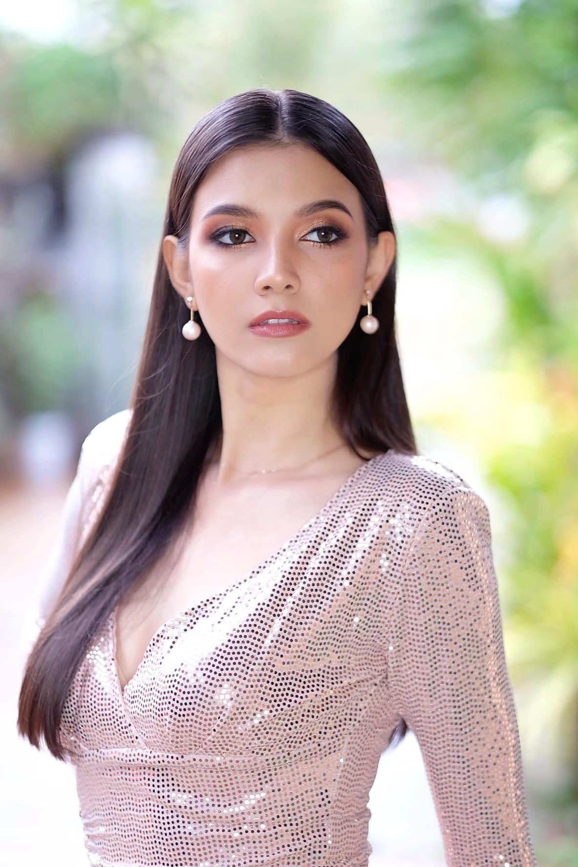 Chiêm ngưỡng vẻ đẹp lai đầy quyến rũ của Hoa hậu Lào đẹp nhất lịch sử - Ảnh 3.