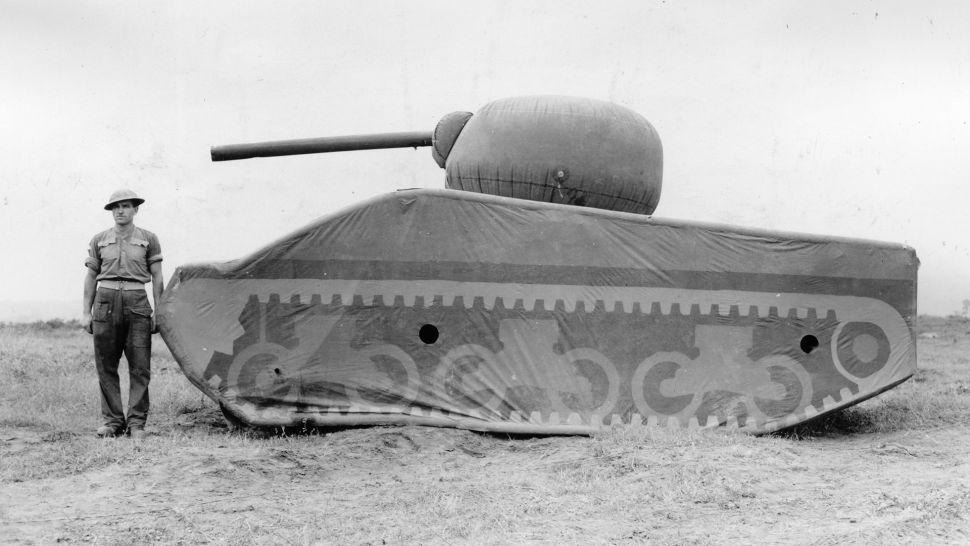 """Vén màn bí ẩn """"Đội quân ma"""" được quân đội Hoa Kỳ sử dụng trong Thế chiến thứ II - Ảnh 2."""