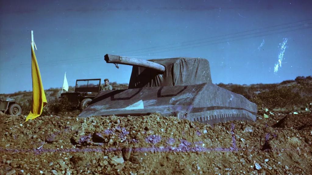 """Vén màn bí ẩn """"Đội quân ma"""" được quân đội Hoa Kỳ sử dụng trong Thế chiến thứ II - Ảnh 1."""