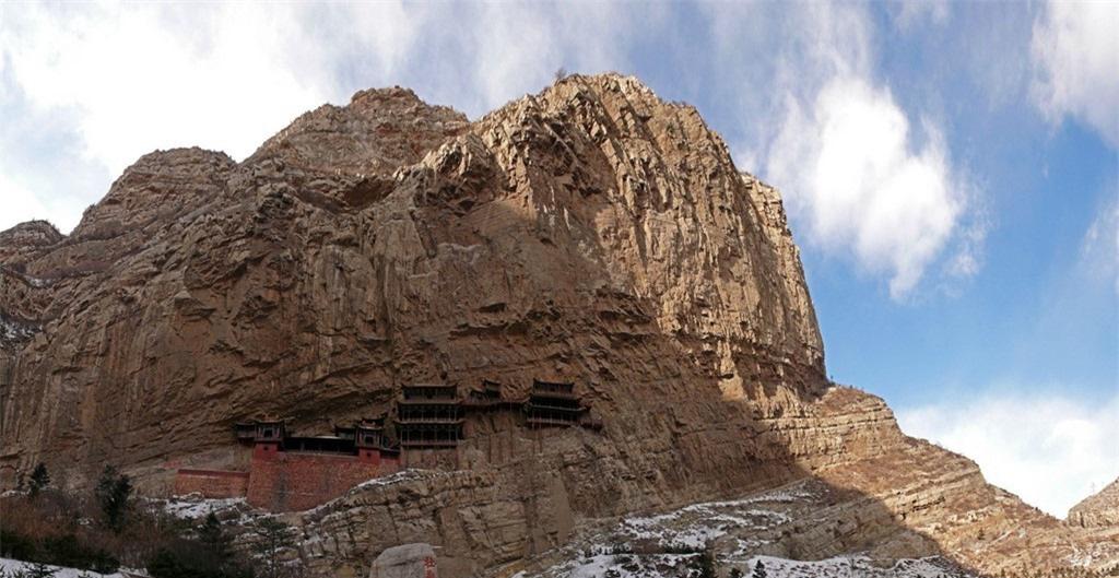 8 ngọn núi huyền thoại từng xuất hiện trong tiểu thuyết kiếm hiệp Kim Dung - Ảnh 13.