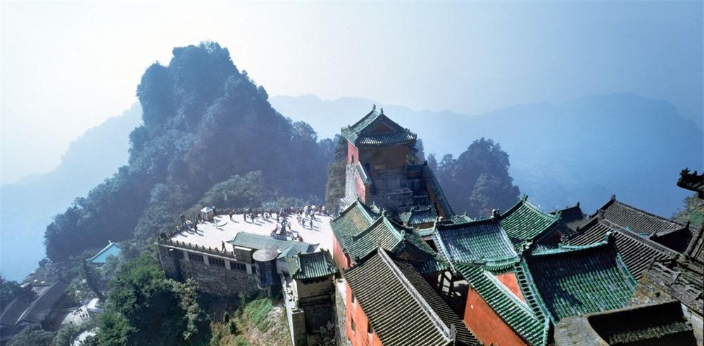 8 ngọn núi huyền thoại từng xuất hiện trong tiểu thuyết kiếm hiệp Kim Dung - Ảnh 4.