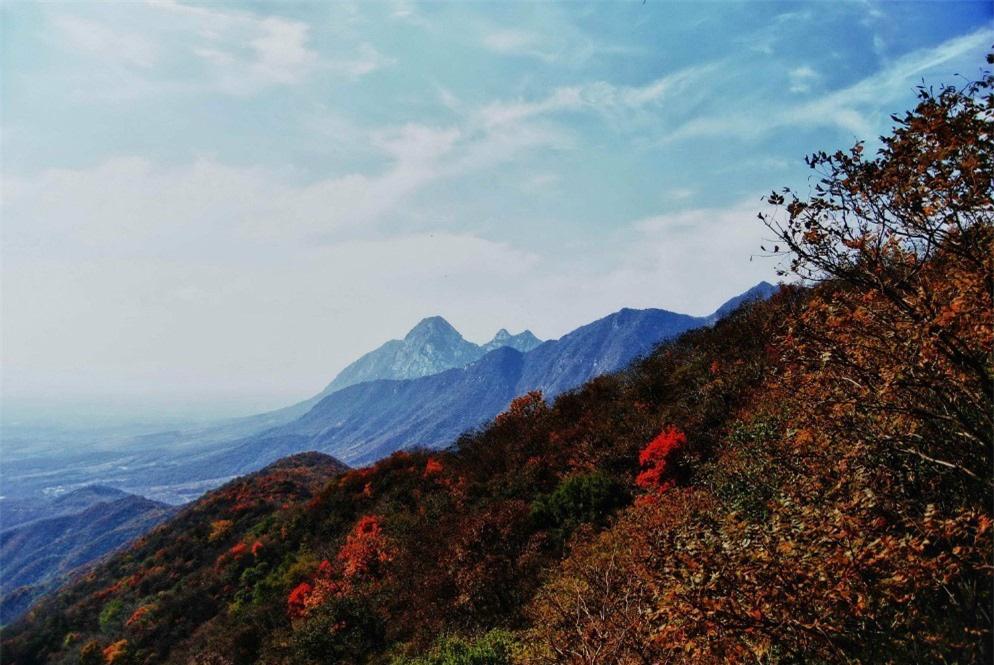 8 ngọn núi huyền thoại từng xuất hiện trong tiểu thuyết kiếm hiệp Kim Dung - Ảnh 9.