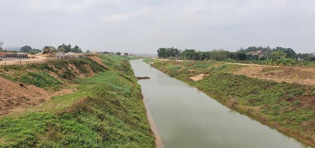 """Dự án sông Tích 10 năm dang dở: """"Cho thêm 500 tỷ đồng và mặt bằng, không hoàn thành, tôi chịu trách nhiệm"""" (bài 10) - Ảnh 3."""