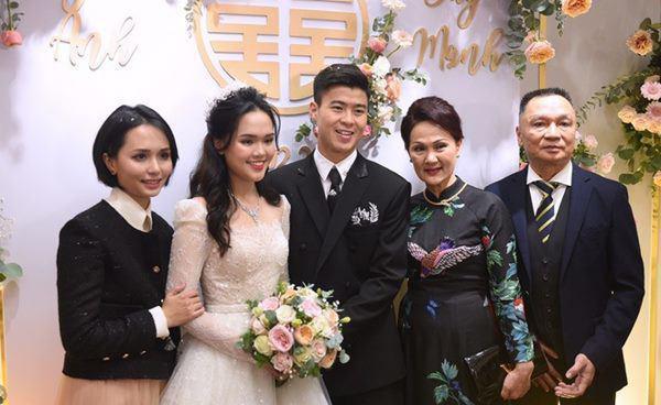 """6 nàng WAGs sở hữu """"nhiều tỷ"""" của cầu thủ Việt: Viên Minh số 1? - Ảnh 2."""
