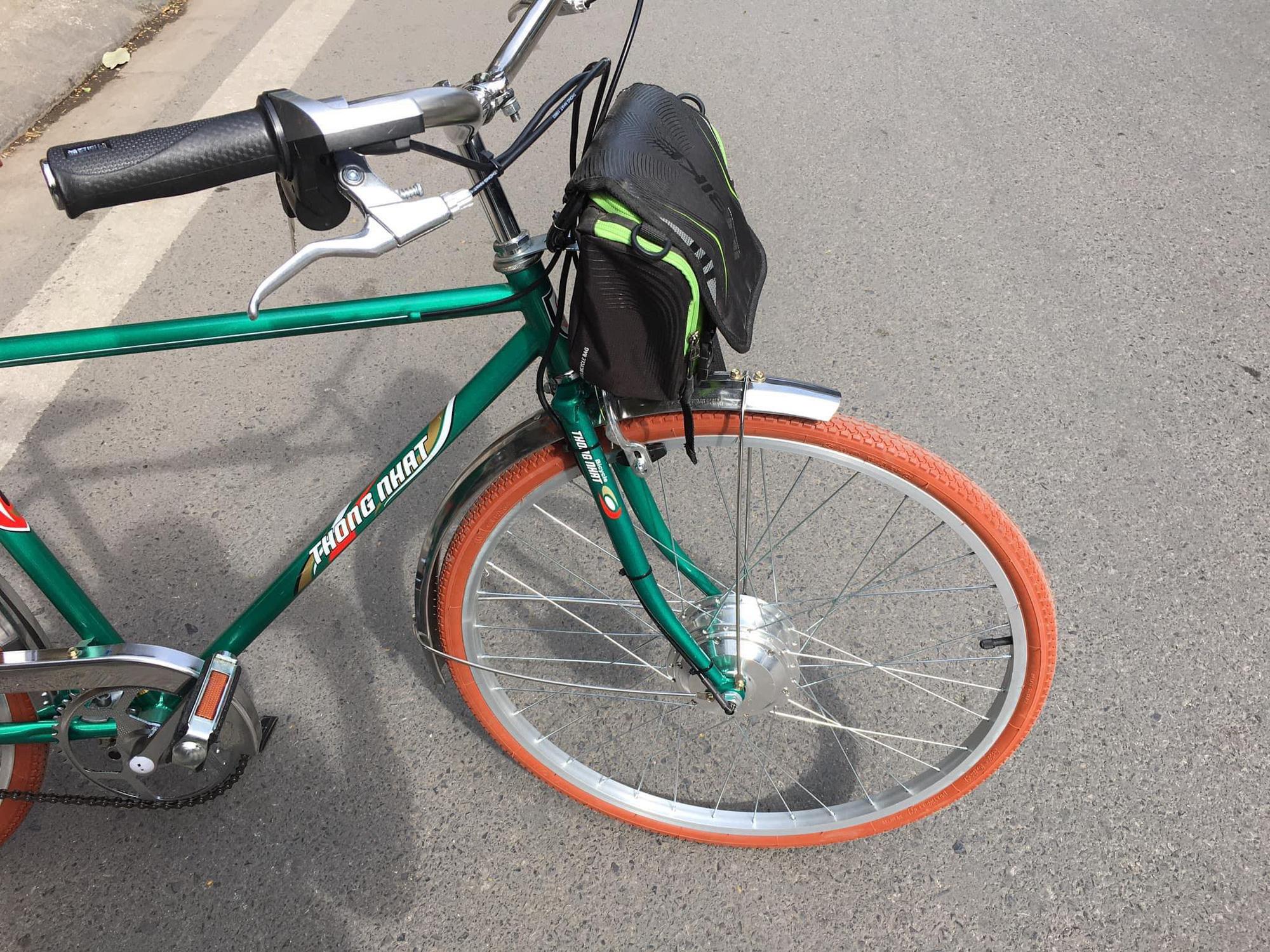 """Dân Hà Nội rộ mốt """"độ"""" xe đạp trợ lực điện, chạy vèo vèo đi làm, dạo phố - Ảnh 9."""