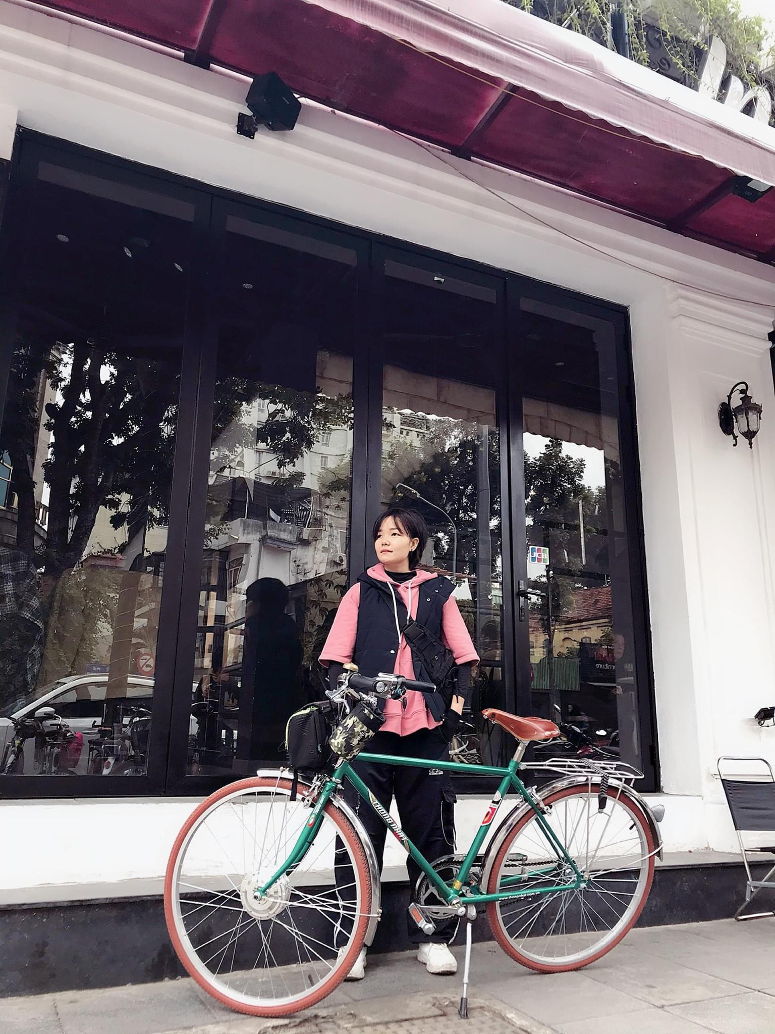 """Dân Hà Nội rộ mốt """"độ"""" xe đạp trợ lực điện, chạy vèo vèo đi làm, dạo phố - Ảnh 5."""