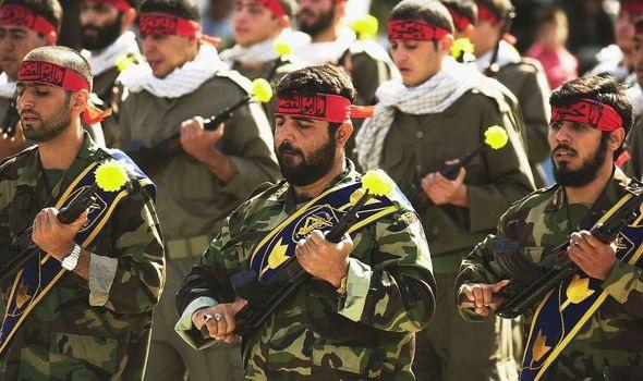 Iran đe dọa giết tướng Mỹ, đánh bom san phẳng căn cứ quân sự này - Ảnh 1.