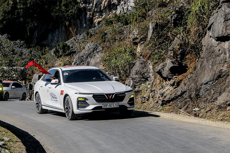 Chủ xe VinFast Lux A2.0 đánh giá thẳng thật về khả năng cách âm - Ảnh 1.