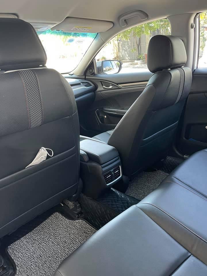 Honda Civic lăn bánh 9 tháng, zin từng con ốc, rao bán giá bất ngờ - Ảnh 6.