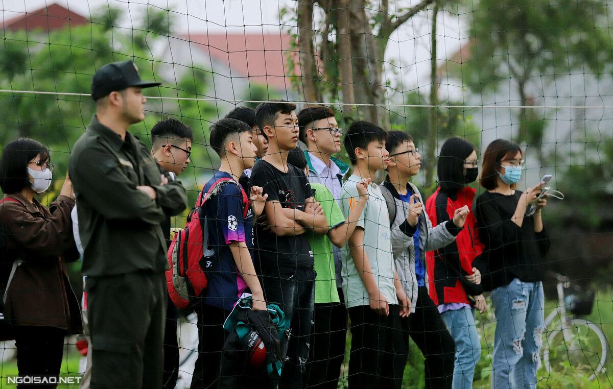 """Công Phượng, Văn Toàn bị """"bao vây"""" ở Hà Tĩnh - Ảnh 3."""