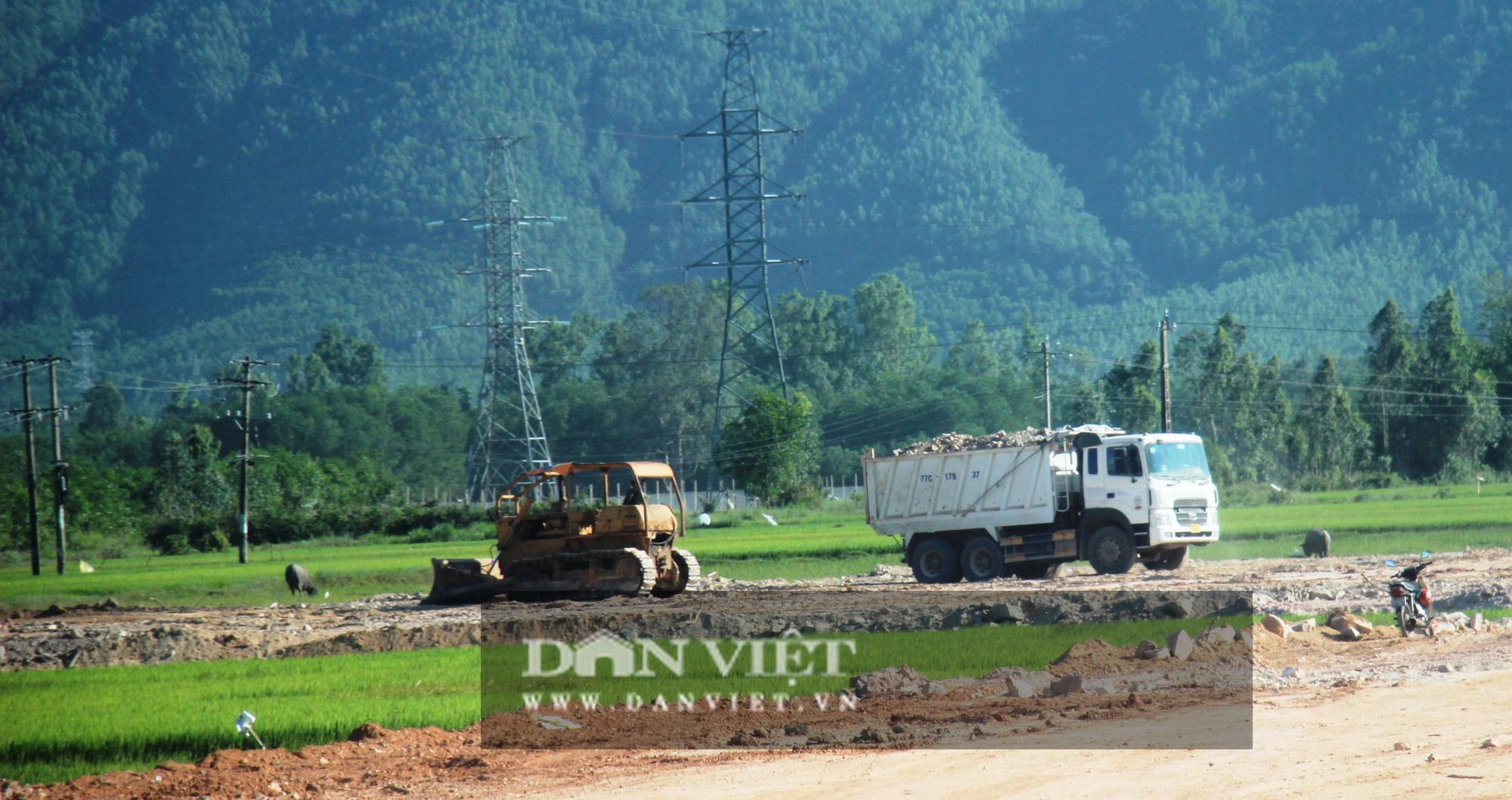 """Bình Định: Doanh nghiệp trúng thầu công trình nhà nước hơn 20 tỷ đồng """"vượt mặt"""" chính quyền - Ảnh 4."""
