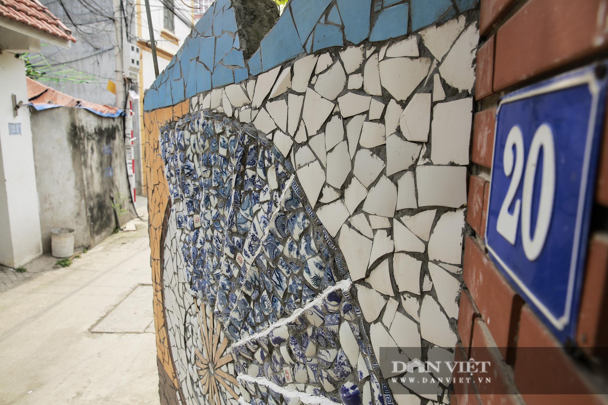 """Đường làng """"thay áo mới"""" bằng những tác phẩm nghệ thuật làm từ đồ phế thải  - Ảnh 8."""