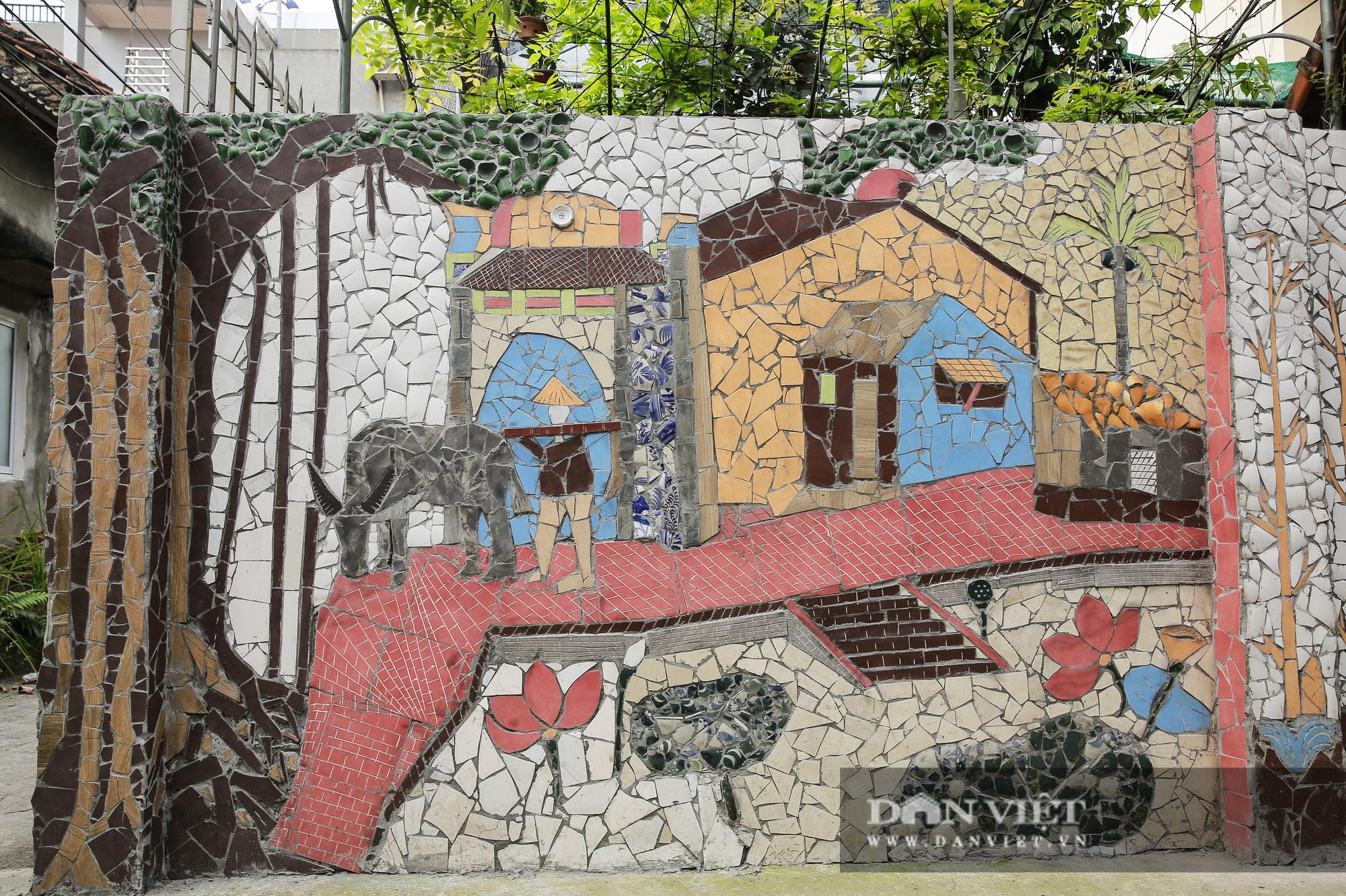 """Đường làng """"thay áo mới"""" bằng những tác phẩm nghệ thuật làm từ đồ phế thải  - Ảnh 9."""